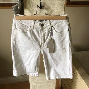 Brand new Calvin Klein boyfriend shorts